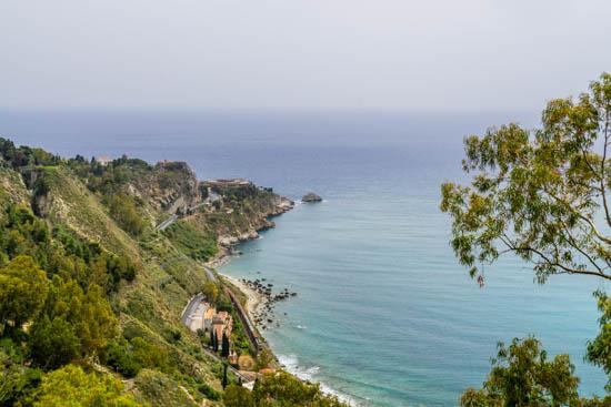 Panorama dalla villa comunale di Taormina Sicilia